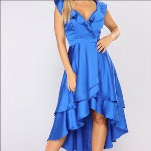 Stunning Flowy Wrap Dress 💙 Sz Medium 💙NWT